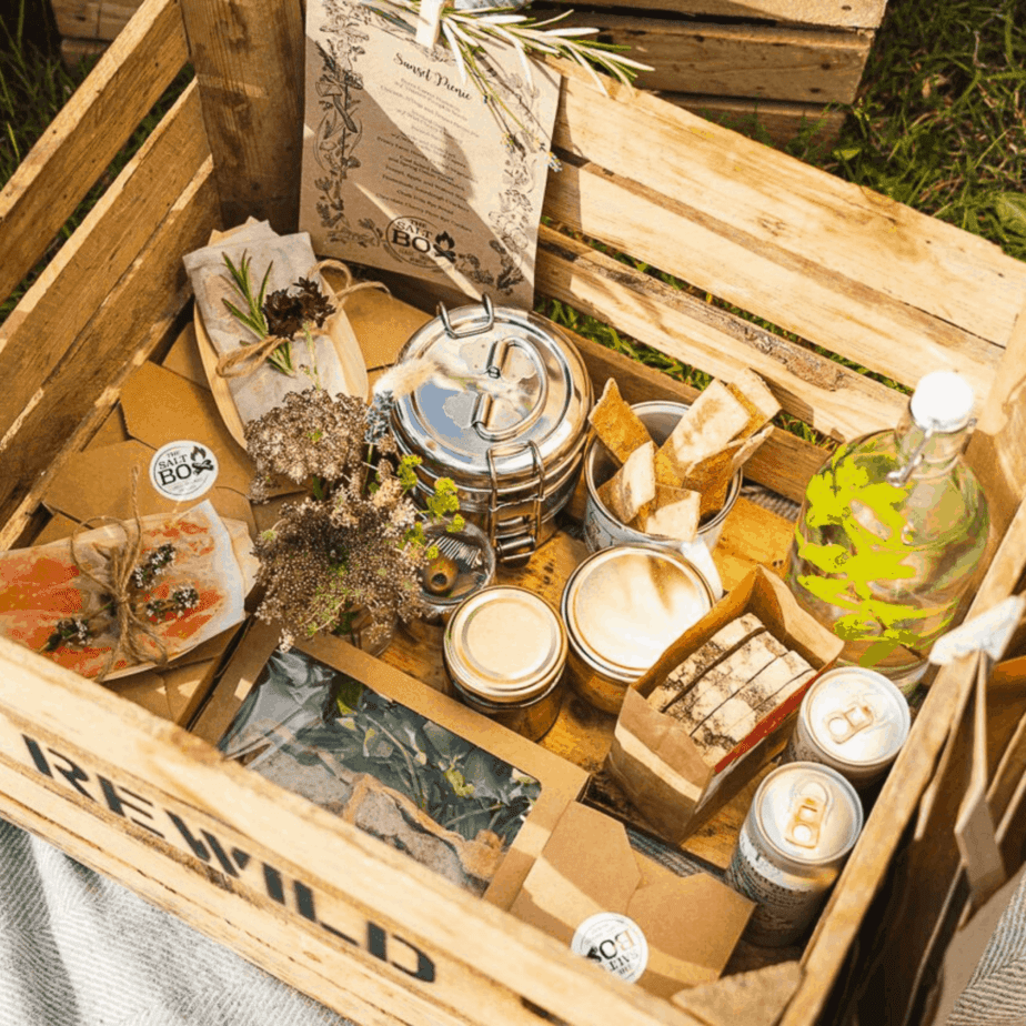 The Salt Box Picnic Feast, Picnic Event in Surrey, Outdoor Dining Surrey