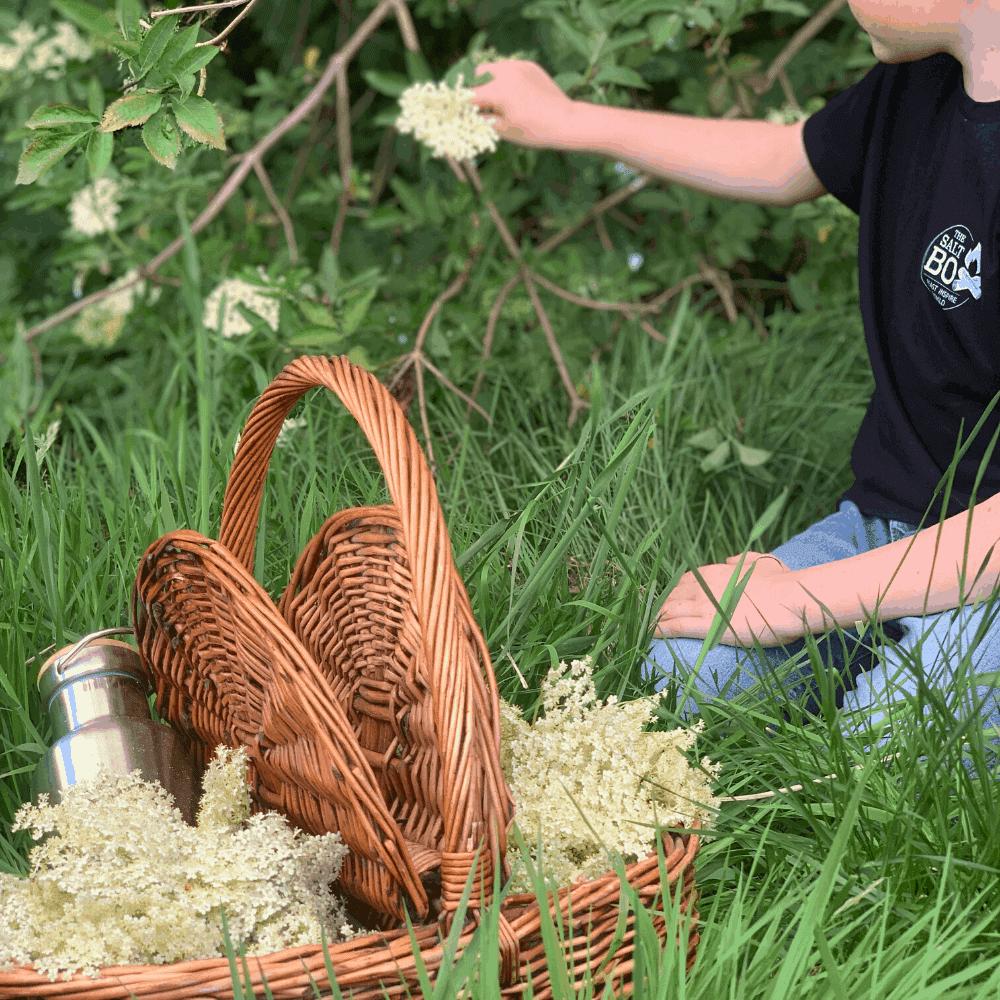 how to make elderflower cordial